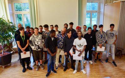 Albisbrunn feiert das Schul- und Ausbildungsjahr